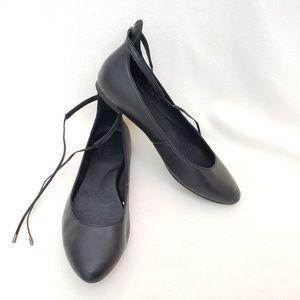 Born Kharen Wraparound Lace Flat Black Leather